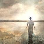Меняет ли свои качества душа, попадая в материальный мир