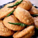 Качори — пирожки с чечевицей