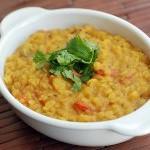 Салат из авокадо, дал — традиционное индийское блюдо из гороха