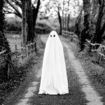 Существуют ли привидения? или сила Святого Имени