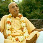 Мы должны поддерживать с гуру и Кришной связь через вибрацию, не через физическое присутствие
